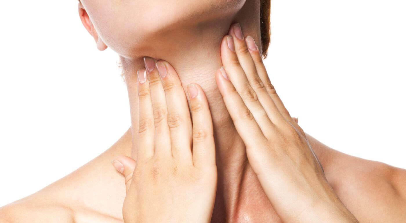 Tireóide: Aprenda a fazer o autoexame e conheça sinais do hipotireoidismo e hipertireoidismo